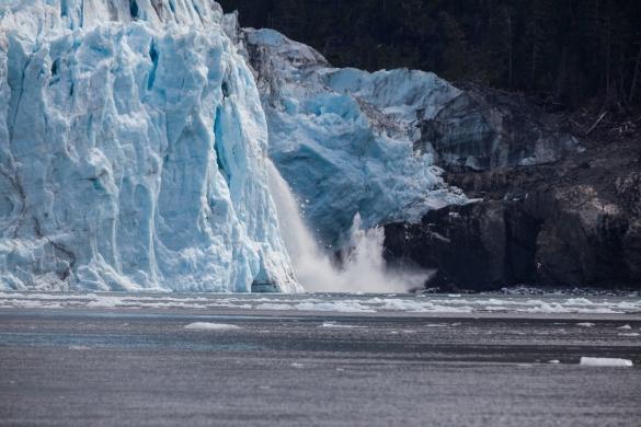 Calving at Meares Glacier