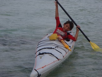 Ertaliano getting used to his kayak, Guna Yala