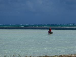 Watching Guna fishermen