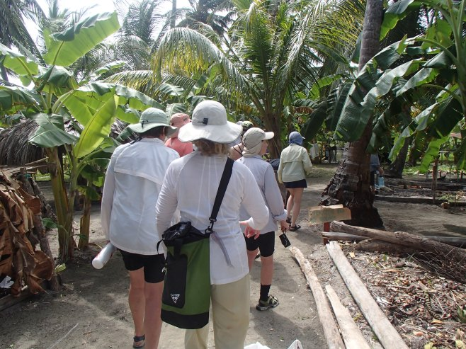 Getting a tour of the gardens on Masargandup