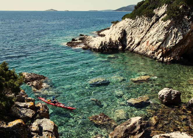 sea-kayaking-on-island-molat-near-zadar