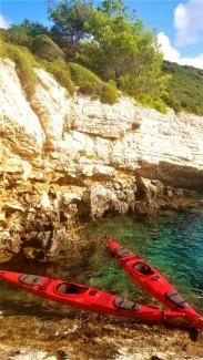 Intricate limestone shoreline