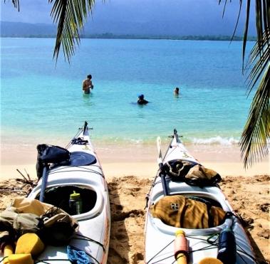 Relaxing break from paddling, Guna Yala