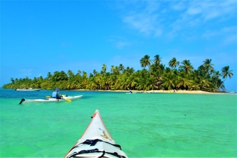 Paddling in paradise, Guna Yala