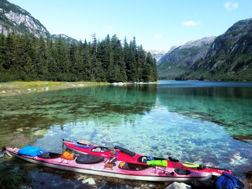 Turquoise waters, Granite Bay